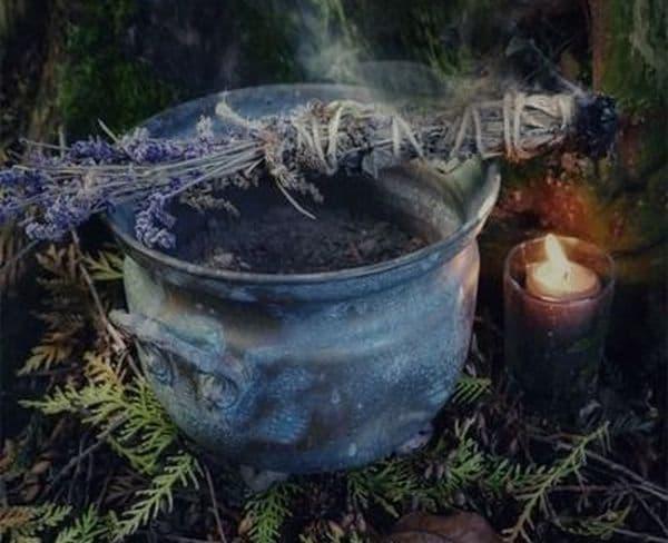 Как вернуть украденное через ритуал Вуду